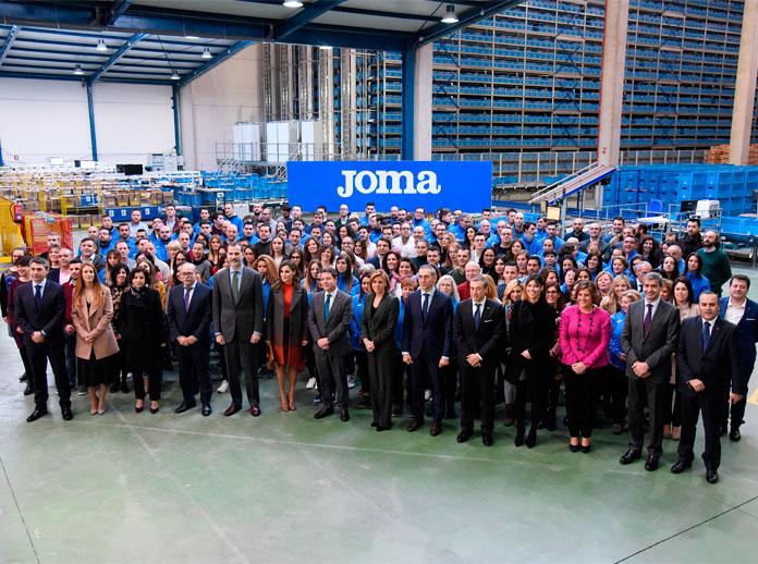 I re di Spagna visitano la sede dell'azienda JOMA SPORT